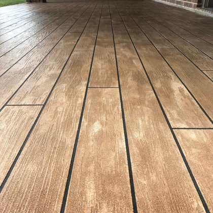 Overlay - Wood look patio